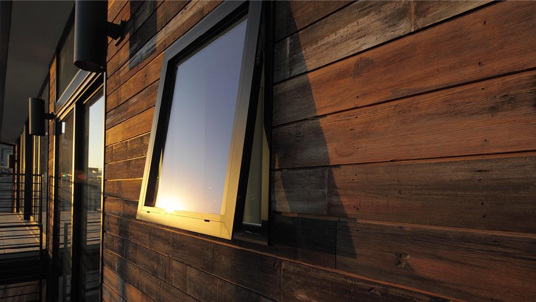 Series 250-T Awning Window